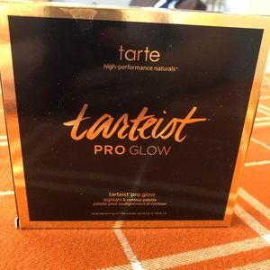 Tarte high light & contour palette
